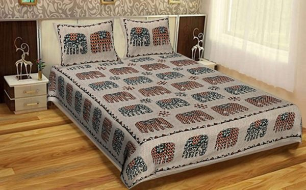 bed sheets and pillow covers